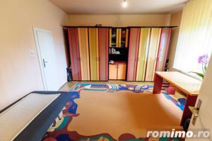 Casă / Vilă cu 4 camere de vânzare în zona Aradul Nou - imagine 2