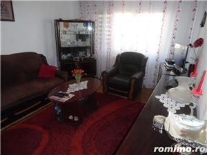 Vand apartament 3 camere decomandat in Deva, zona ultracentrala, (Bulevardul Decebal), - imagine 2
