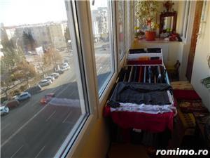 Vand apartament 3 camere decomandat in Deva, zona ultracentrala, (Bulevardul Decebal), - imagine 9