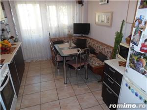 Vand apartament 3 camere decomandat in Deva, zona ultracentrala, (Bulevardul Decebal), - imagine 5