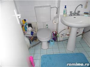 Vand apartament 3 camere decomandat in Deva, zona ultracentrala, (Bulevardul Decebal), - imagine 11