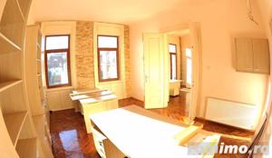 Apartament luminos / Spatiu birouri, situat Ultracentral - imagine 3