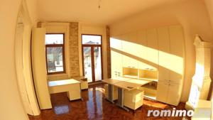 Apartament luminos / Spatiu birouri, situat Ultracentral - imagine 1