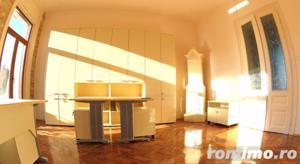 Apartament luminos / Spatiu birouri, situat Ultracentral - imagine 2