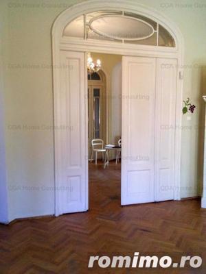 Vila de vanzare,10 camere in zona Bd Dacia - imagine 18