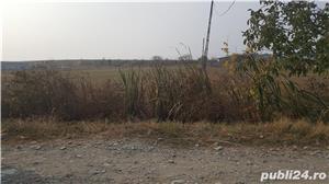 Teren in Golesti,jud.Vrancea,la 3 km de Focsani,deschidere 23 metri la DN2/E85,8euro/mp - imagine 2