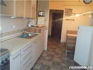 Medicina/Apartament 3 camere/400 euro  - imagine 1