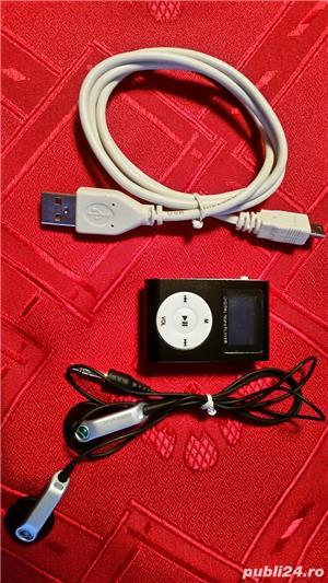 Vand mp3 portabil ,card microsd 8 gb ,cablu date ,casti - imagine 1