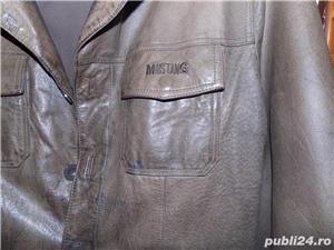 la pret rewdus,Haina barbateasca din piele naturala maro,marca MUSTANG,48/l, si ramburs - imagine 3