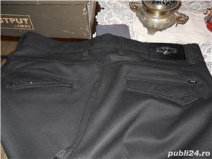 vand pantaloni barbati - imagine 2
