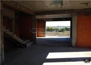 Palazu Mare - Vila P+1E, 201mp utili, terasa, garaj, teren 520mp, vedere la lac - imagine 9