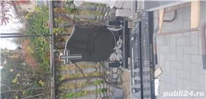 Monumente funerare  - imagine 3