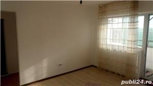 Apartament 3 camere-Harsova-Centru - imagine 1