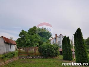 Vila pe un domeniu de 6 hectare in Sauaieu/Bihor - imagine 9