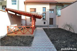 Casa cu etaj, in zona Poltura. - imagine 1