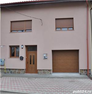 Casa cu etaj, in zona Poltura. - imagine 13