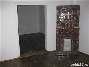 Casa compartimentata in 3 spatii independente Spatii de inchiriat - imagine 8