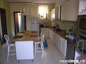 Apartament in vila - imagine 10