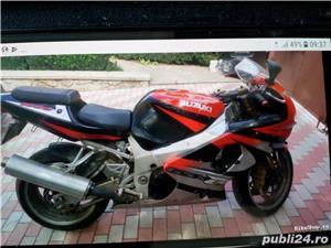 Suzuki GSX-R 1000 - imagine 2