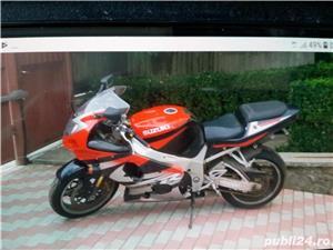 Suzuki GSX-R 1000 - imagine 1