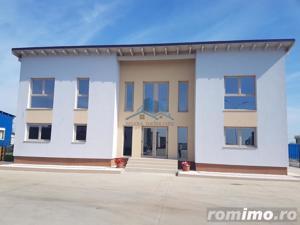 Hala TIR+birouri+ 2 apartamente noi, parcare TIR si teren edificabil - imagine 3