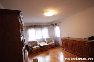 Apartament 3 camere zona Lipovei - imagine 2