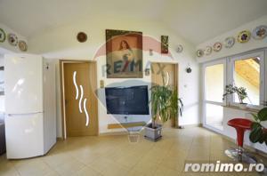 Apartament 98 mp strada Colinei - imagine 12