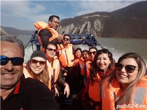 Croaziere pe Dunare  de la Orsova in Cazanele Dunarii - imagine 6