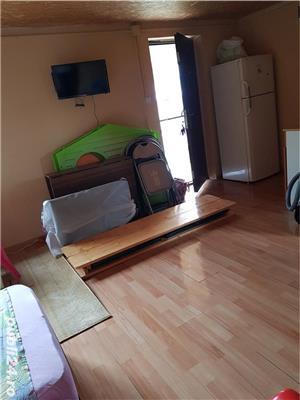 Casa de vacanta com Pielesti - imagine 6