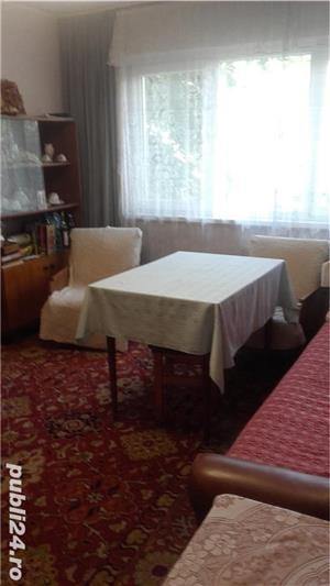 vând apartament cu 3 camere Rogerius - imagine 4