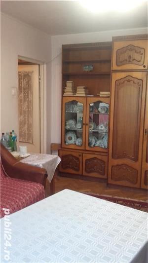 vând apartament cu 3 camere Rogerius - imagine 5