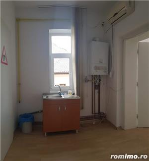 Spatiu pentru Birouri Strada Cluj - 170mp - 1200 Euro/luna - imagine 8