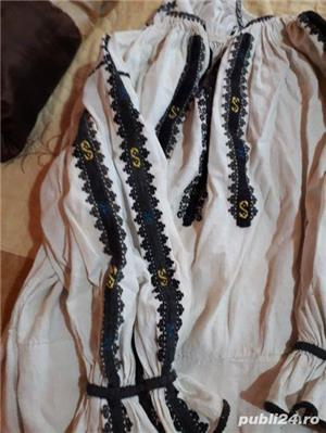 Costume populare foarte vechii  - imagine 9