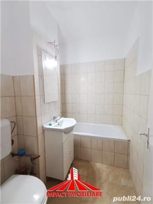 Vand apartament 3 camere UTA - Vlaicu - imagine 5
