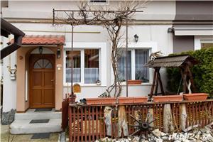 Corp casa + extra camera, cu terasa si acces auto in curte, Central, Brasov - imagine 4