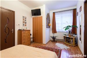 Corp casa + extra camera, cu terasa si acces auto in curte, Central, Brasov - imagine 6