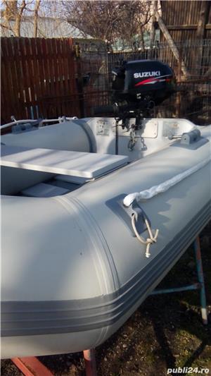 Vând barca gonflabila cu motor - imagine 2