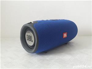 Boxa Portabila JBL XTREME cu Bluetooth ,slot pentru Card ,USB si Radio - imagine 2