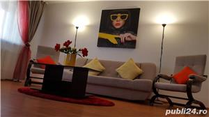 Inchiriez apartament decomandat 3 camere-vedere la mare și lac- la intrare în stațiunea Mamaia  - imagine 1