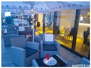 DE INCHIRIAT BAR/GELATERIA MAMAIA (ZONA HOTEL WHITE TOWER/OPERA, CLUBURI) - imagine 10