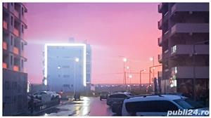 DE INCHIRIAT BAR/GELATERIA MAMAIA (ZONA HOTEL WHITE TOWER/OPERA, CLUBURI) - imagine 14