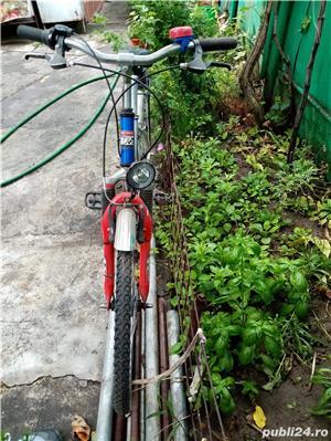 Vând bicicleta cu roti de 24 inch - imagine 3
