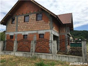 Casa de vanzare + teren - imagine 2