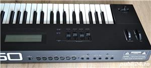 Roland A 50 Master Keyboard Controller 4 MIDI Out Polyphonic Aftertouch 2 MIDI IN Semi Weighted Keys - imagine 2