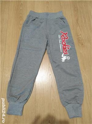 vand pantaloni noi pentru baieti - imagine 1