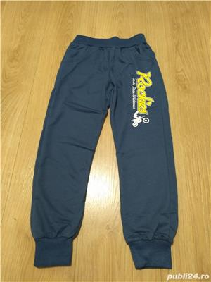 vand pantaloni noi pentru baieti - imagine 2