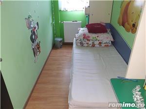 Apartament cu 3 camere, etajul 3,zona Șagului  - imagine 13