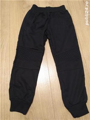 vand pantaloni noi trening pentru baieti - imagine 3