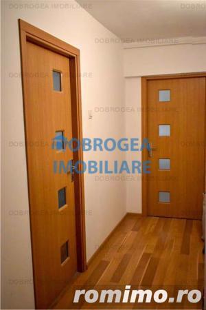 Palatul Copiilor, apartament 2 camere + mansarda 200 mp, renovat - imagine 2
