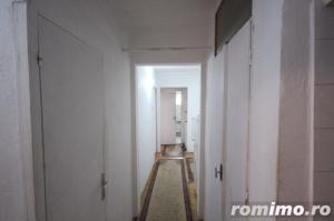 Apartament 3 camere zona Lipovei - imagine 16
